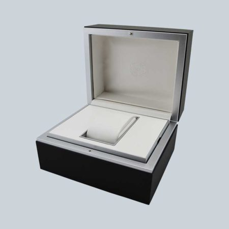 Luxury High End Soft Touch Lacquer Watch Box-3