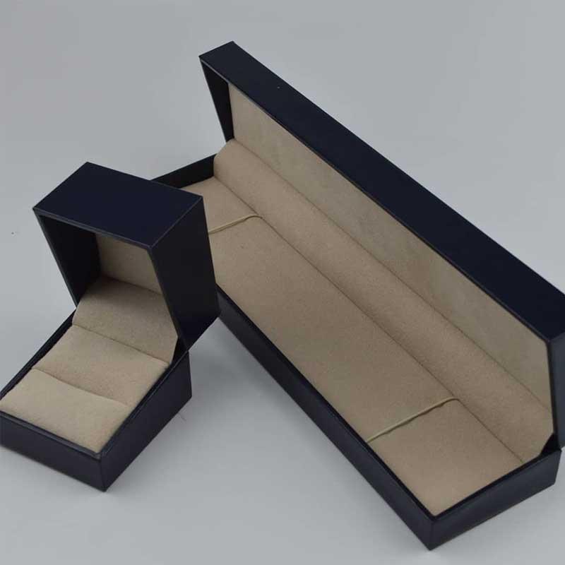 custom bespoke personalised jewellery box-3