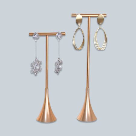 popular-jewelry-findings-tree-display-4