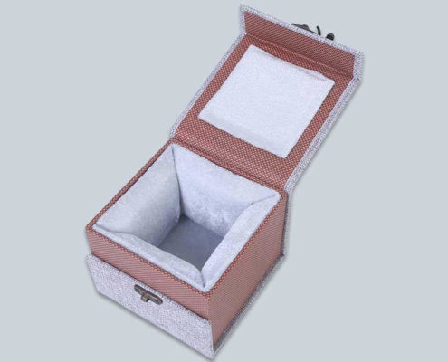 vintage-rigid-paper-gift-box--3