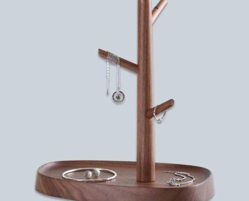 wooden-jewelry-hanger-display-3