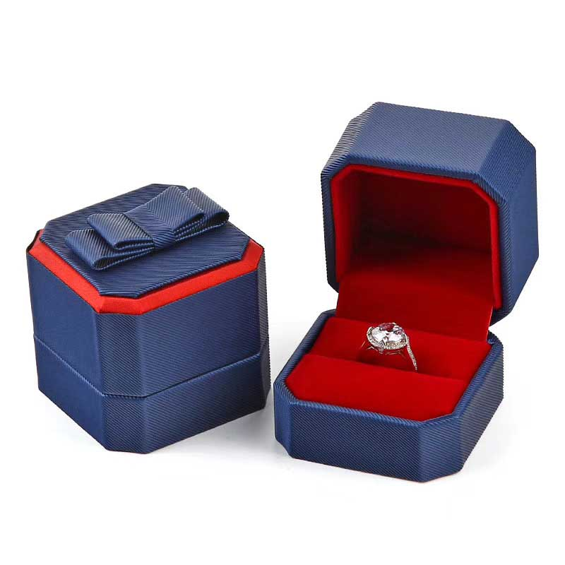 Delicate Leather Octagonal Wedding Ring Box-3