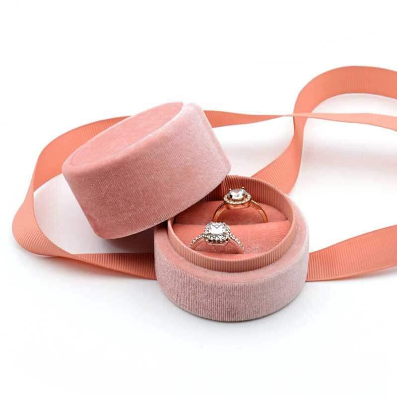 Round Velvet Engagement Ring Boxes-3