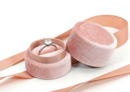 Round Velvet Engagement Ring Boxes-5